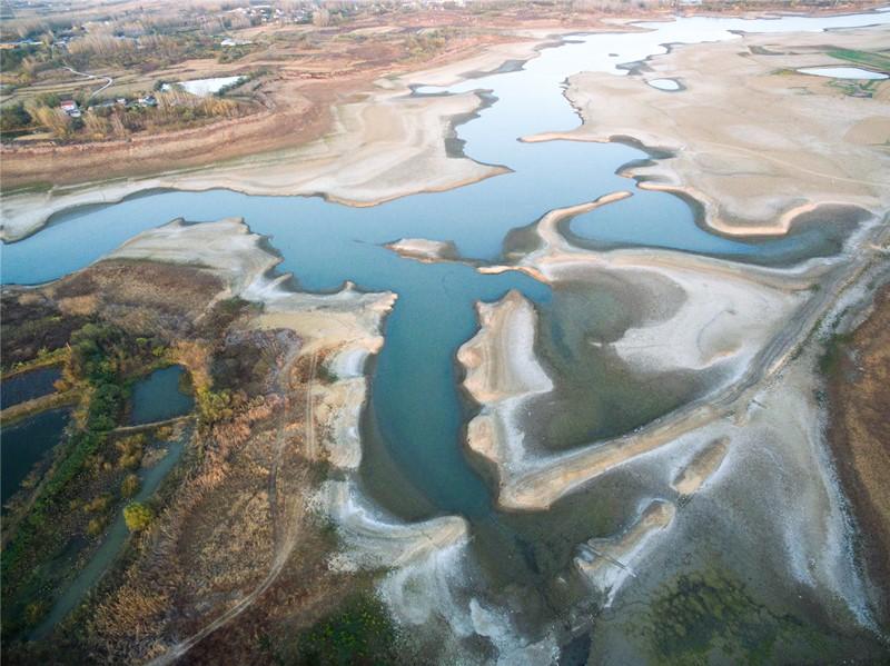 158干涸的城西水库