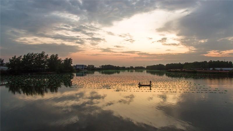 111夕照珍珠湖