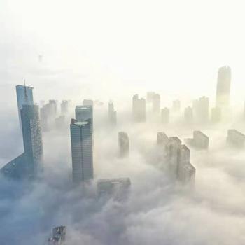 """云海漫城 """"雾""""入仙境"""
