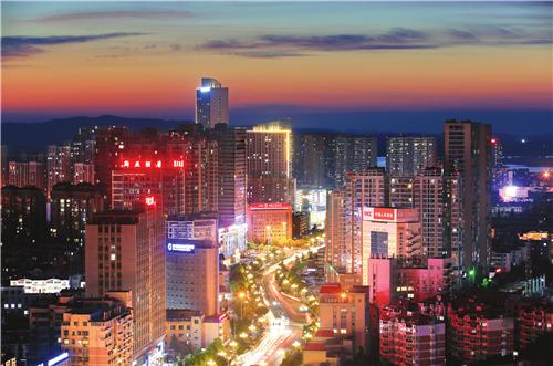 夏夜滁州 流光溢彩! 作者: 来源:凤凰网安徽综合
