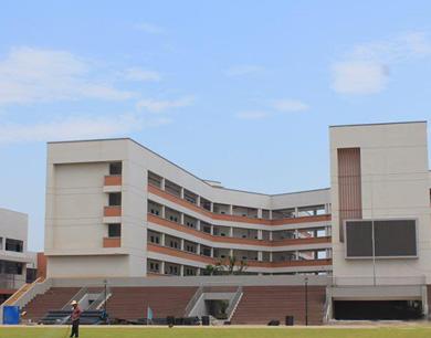 南昌青山湖区一学校异地重建