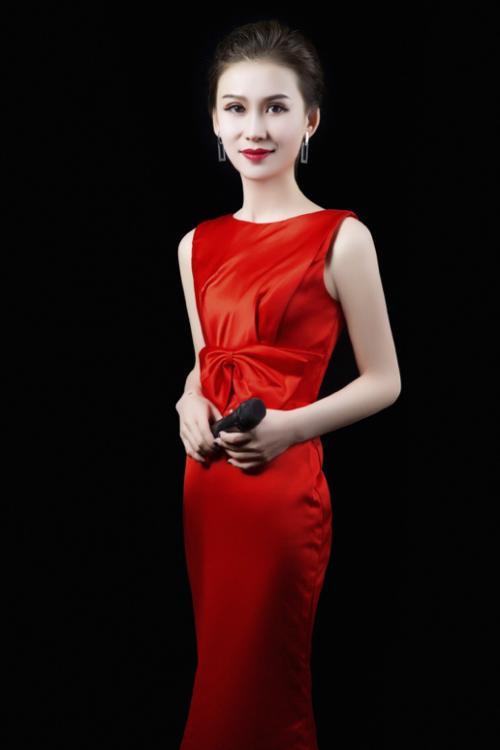 孙宥芳:陕西主持界的后起之秀,气质与才情兼备