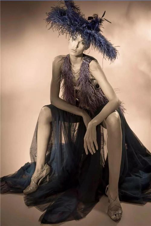 穿在身上的艺术,是Eric Tibusch雕刻美的轮廓