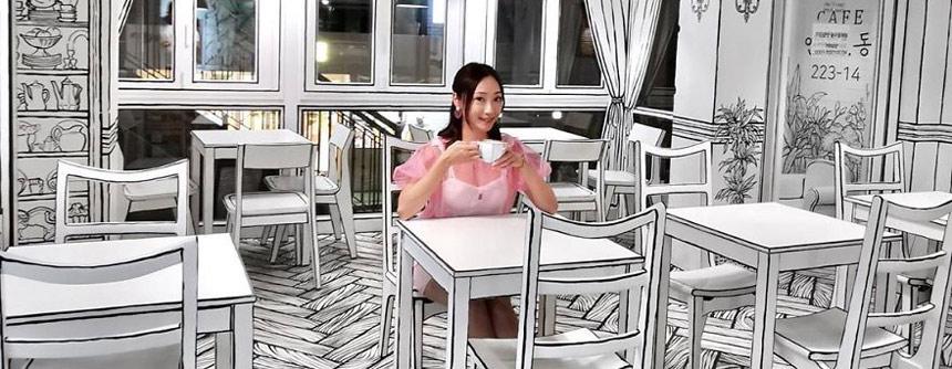 """日本""""2D咖啡厅""""仿佛让你走入二次元漫画世界"""