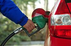 """国内成品油价""""两连涨"""" 西安92号汽油涨至每升6.63元"""