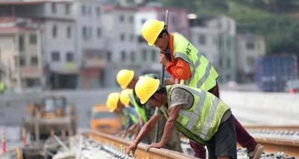 """广州:全国最大超级电容有轨电车线路空载试跑取得成功""""class="""