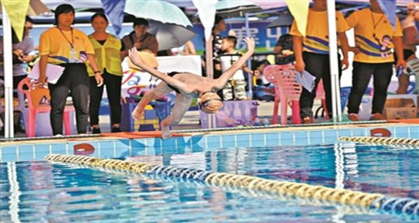 东莞:2021年起 游泳纳入中考体育必考选项