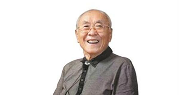 广东音乐人郑秋枫获颁金钟奖 曾创作《我爱你,中国》