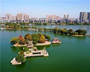 铜陵天井湖:湖光山色 相映成趣(航拍)