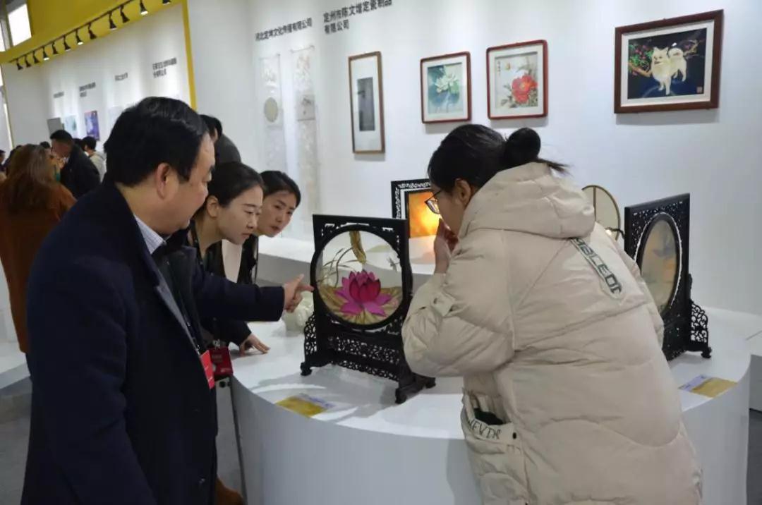 传承雄安文化,这次国际展会上芦苇画成为亮点(图3)