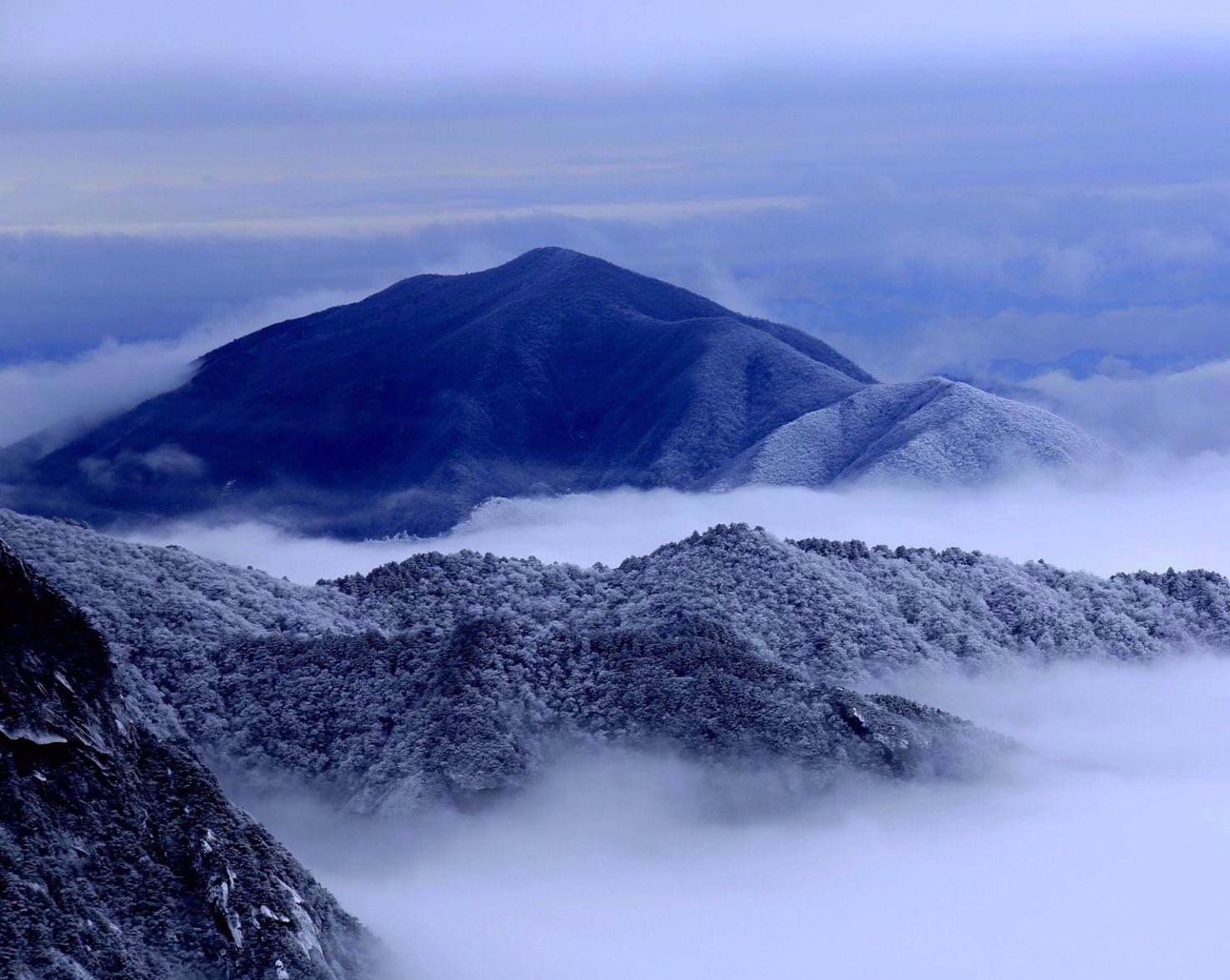 黄山风景区迎来2020年首场降雪