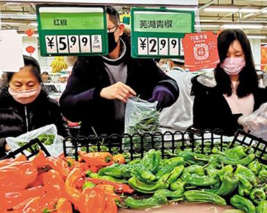 离汉通道关闭首日 武汉市民有序购物