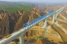 银西高铁漠谷河2号特大桥主体结构完工 全长1605.22米