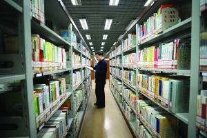 1101本!南京借书最多的人是个大叔