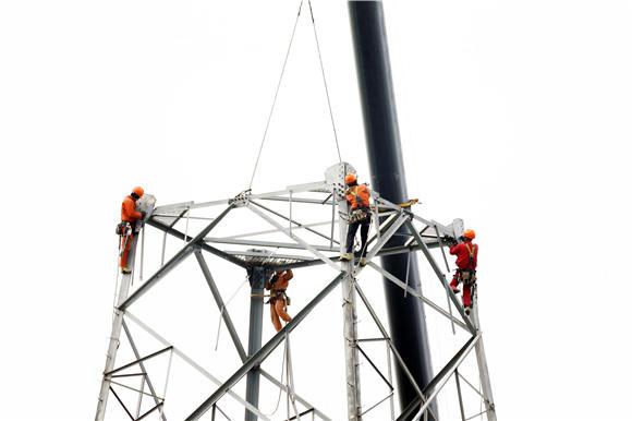 宁波电网改迁主线让路重点工程打好节前收官战