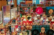 伪造鉴定资质骗取藏家拍卖费 艺术品公司3名业务员被批捕