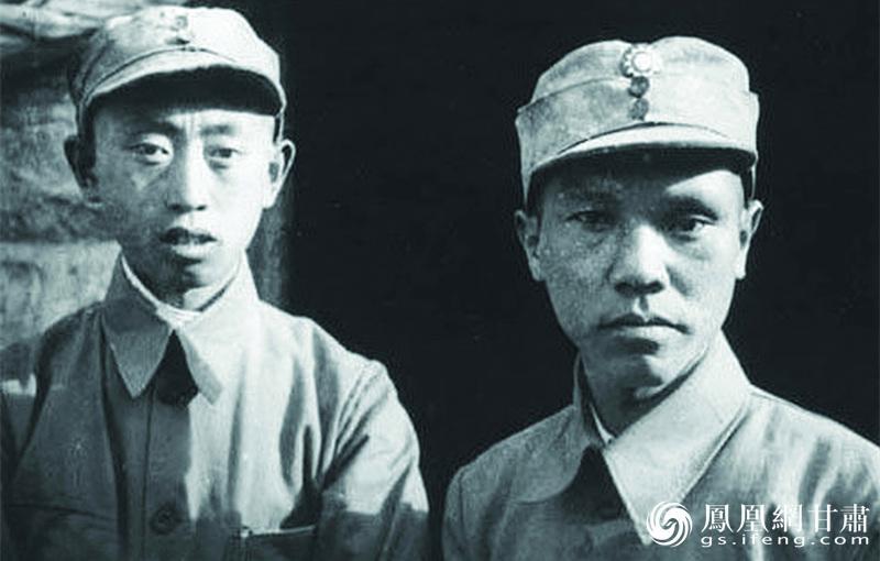 红30军88师政委郑维山(左)与教导团团长朱良才同在永昌战斗40余天,后西路军战斗失利后,均通过行乞回到延安。永昌西路军西征纪念馆供图
