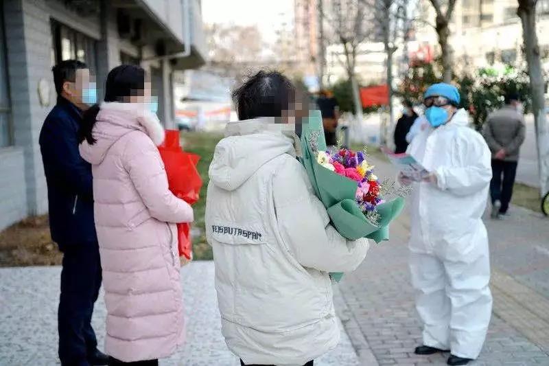蚌埠16例新冠肺炎患者治愈出院!听听她们怎幺说!