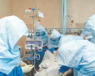 直击ICU病房ECMO重启生命 19天大家终于救活他了