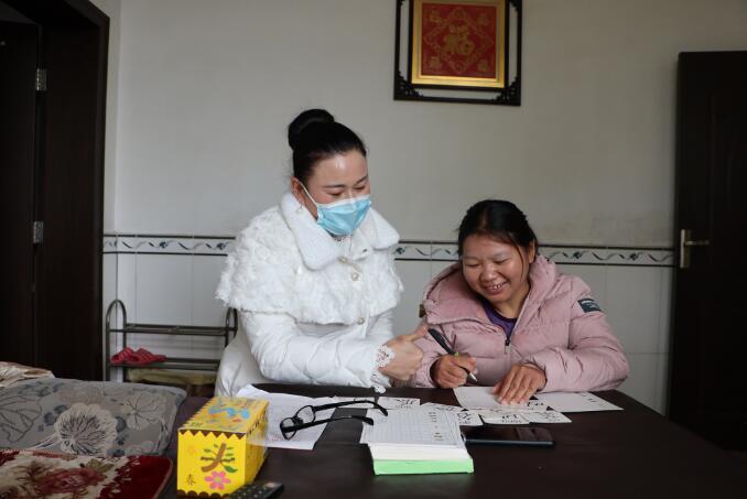 萍乡安源区:轮椅女孩黄仕芳的春天