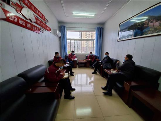 信阳市疾控中心到新县指导新冠肺炎防控工作