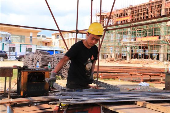 """海南省定安县田洋公园文体广场建设项目按下""""快进键"""" 跑出""""加速度"""""""