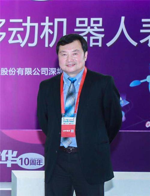 """凤观新基建丨深圳市机器人协会毕亚雷:就地做活,从产业链上寻找""""新基建""""带来的机会"""
