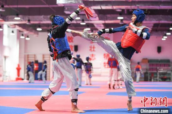 中国跆拳道队从5月9日正式开始在太原训练。 武俊杰摄