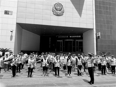 沈阳市和平区文明交通志愿者 培训后上岗
