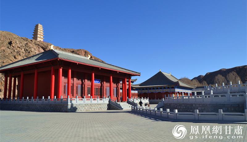 圣容寺内景 杨文远 摄