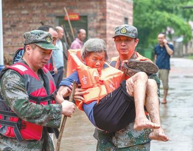 江西洪涝灾害来袭:生命至上 共护家园