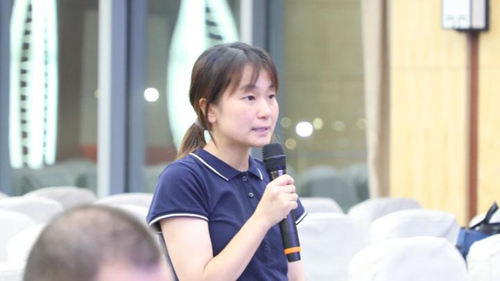 江西广播电视台公共农业频道提问(图片由 李梦丽摄)