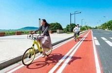 西安曲江南三環彩色自行車道來了全長5.5公里