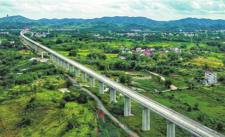 """高鐵""""巨龍""""!贛深高速預計2021年底開通運營"""" width="""