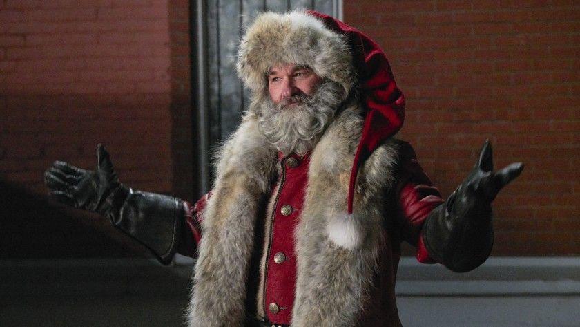 欧美圣诞节将至这里的大爷们纷纷化妆圣诞老人