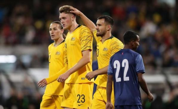 踢疯了!世预赛亚洲区第三轮大比分频出,国足7球韩国8球伊朗14球