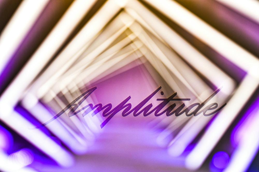 """与Amplitude探索""""时光蕴影""""之境"""