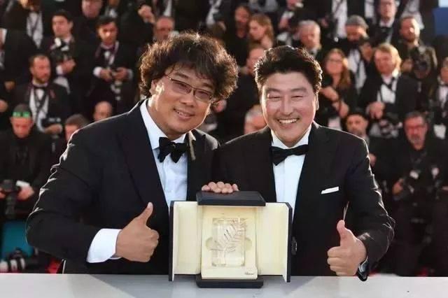 魔幻现实主义的《寄生虫》,凭什么被封为2019必看的韩国电影?