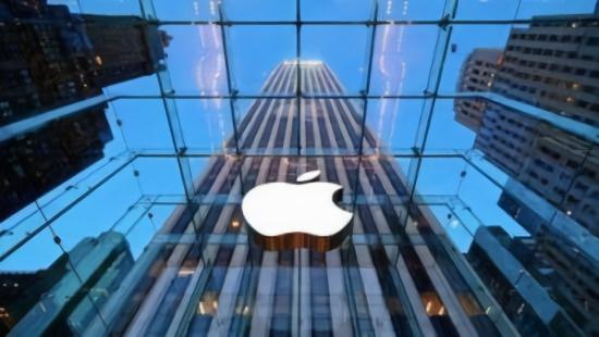 苹果市值正式突破11000亿美元
