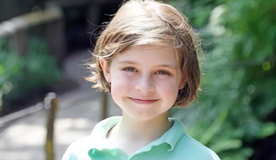 比利时11岁「神童」西蒙斯仅花1年大学毕业  立志研发人工器官