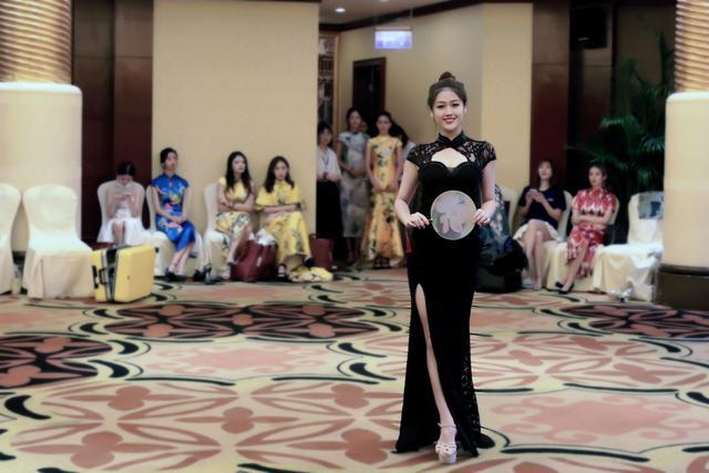 精彩纷呈 第59届国际小姐总决赛导演见面会佳丽别出心裁