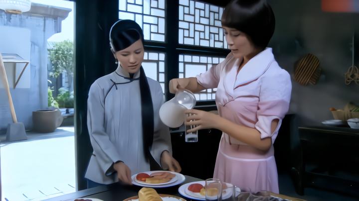 电视剧:50岁大叔娶了18岁媳妇,媳妇留过洋,早餐都吃西式的