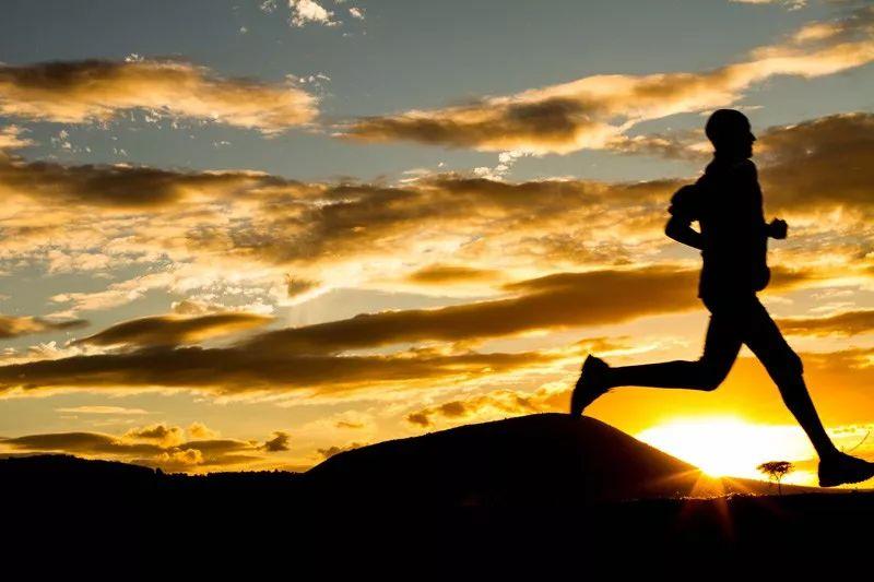 我每天跑步3000米,是怎样长期坚持的