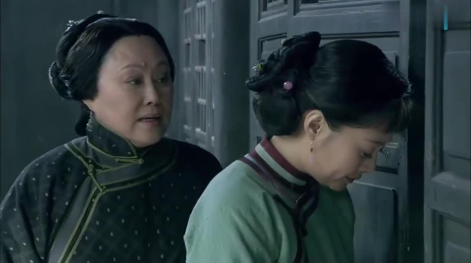 母亲,母亲:继子扛不住吃了后妈的饭,还不停的向死去的亲妈忏悔