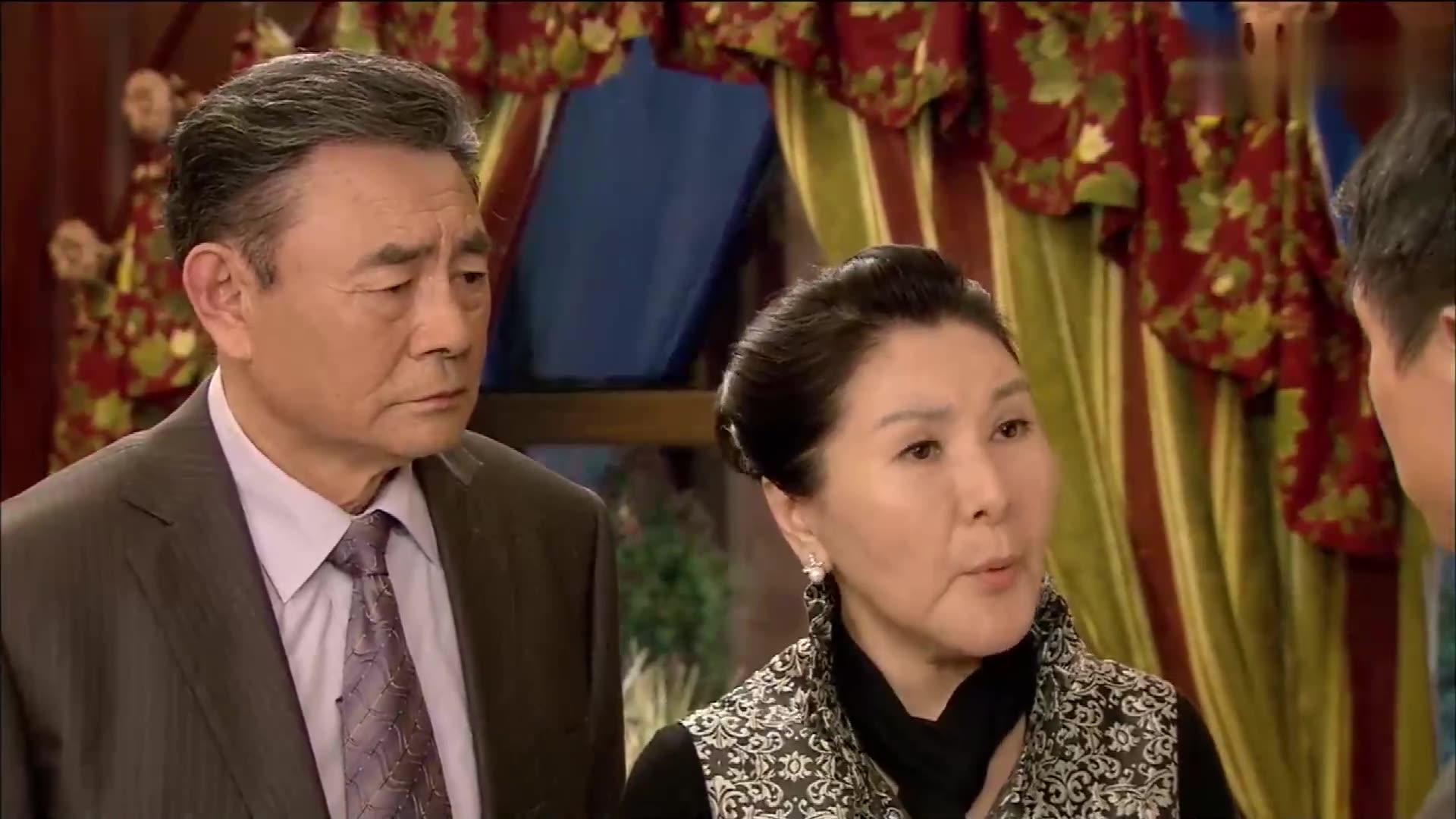 女婿结婚20多年心里却爱着别的女人,女总裁大怒,男子要完蛋了