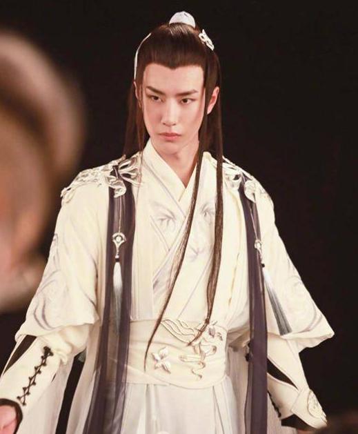 刘诗诗产后复出搭朱一龙演新戏 能否对抗赵丽颖王一博的《有翡》
