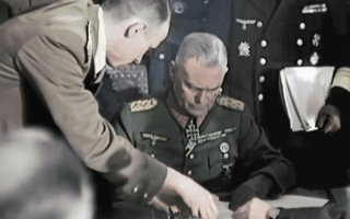纳粹德国罪恶滔天,后人为赎罪赔偿近600亿美元,总理