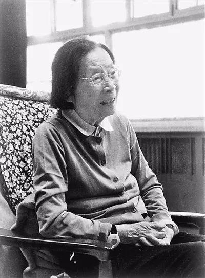 宋平夫人陳舜瑤去世,曾給周恩來當書記員