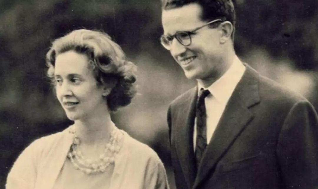 比利时国王 比利时最帅国王的爱情:他家真有王位要继承,却独宠不育王后33年……