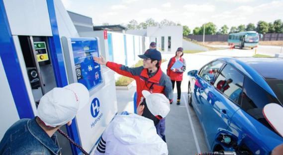 国产车傻眼啦!韩国氢动力出租车投入运营,充电5分钟达600km